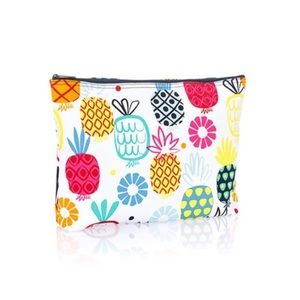 Thirty-one Zipper Pouch. NWT!